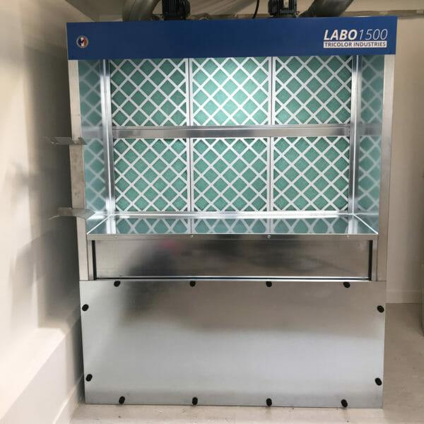 cabine de peinture filtration charbon actif