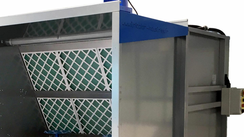 vue détail d'une avancée pour cabine de peinture