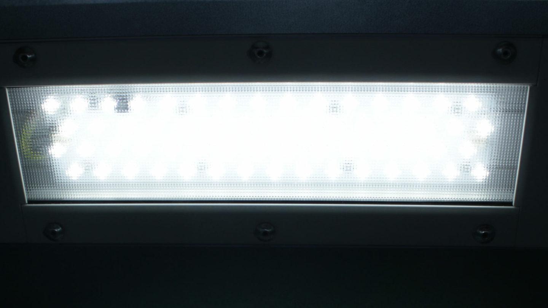 Éclairage LED dans une cabine de peinture