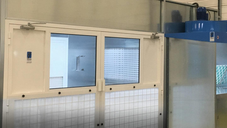 cabines d'aspiration dans un atelier peinture