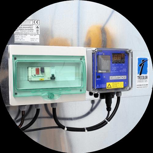 contrôle du colmatage des filtres d'une cabine de poudrage industrielle