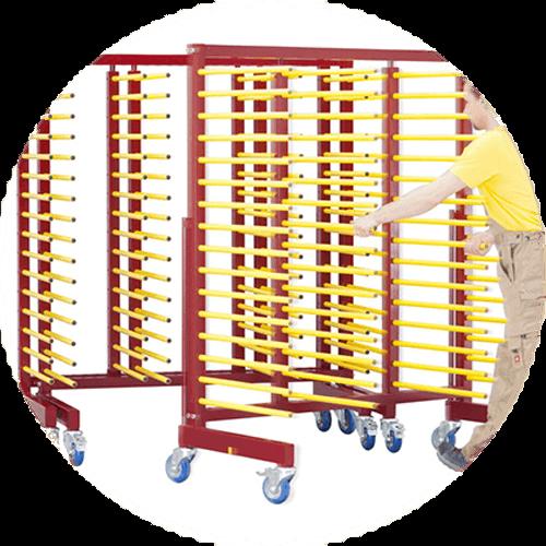Chariot de stockage et transport pour pièces à peindre empilable