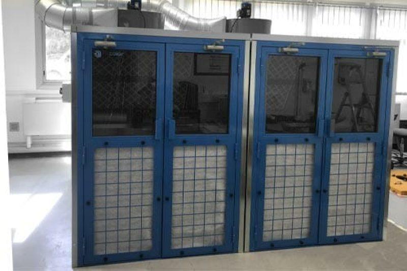 cabines de vernissage fermées